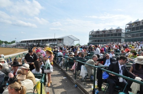 2014-Kentucky-Derby-Clubhouse-Yellow-Seating-1